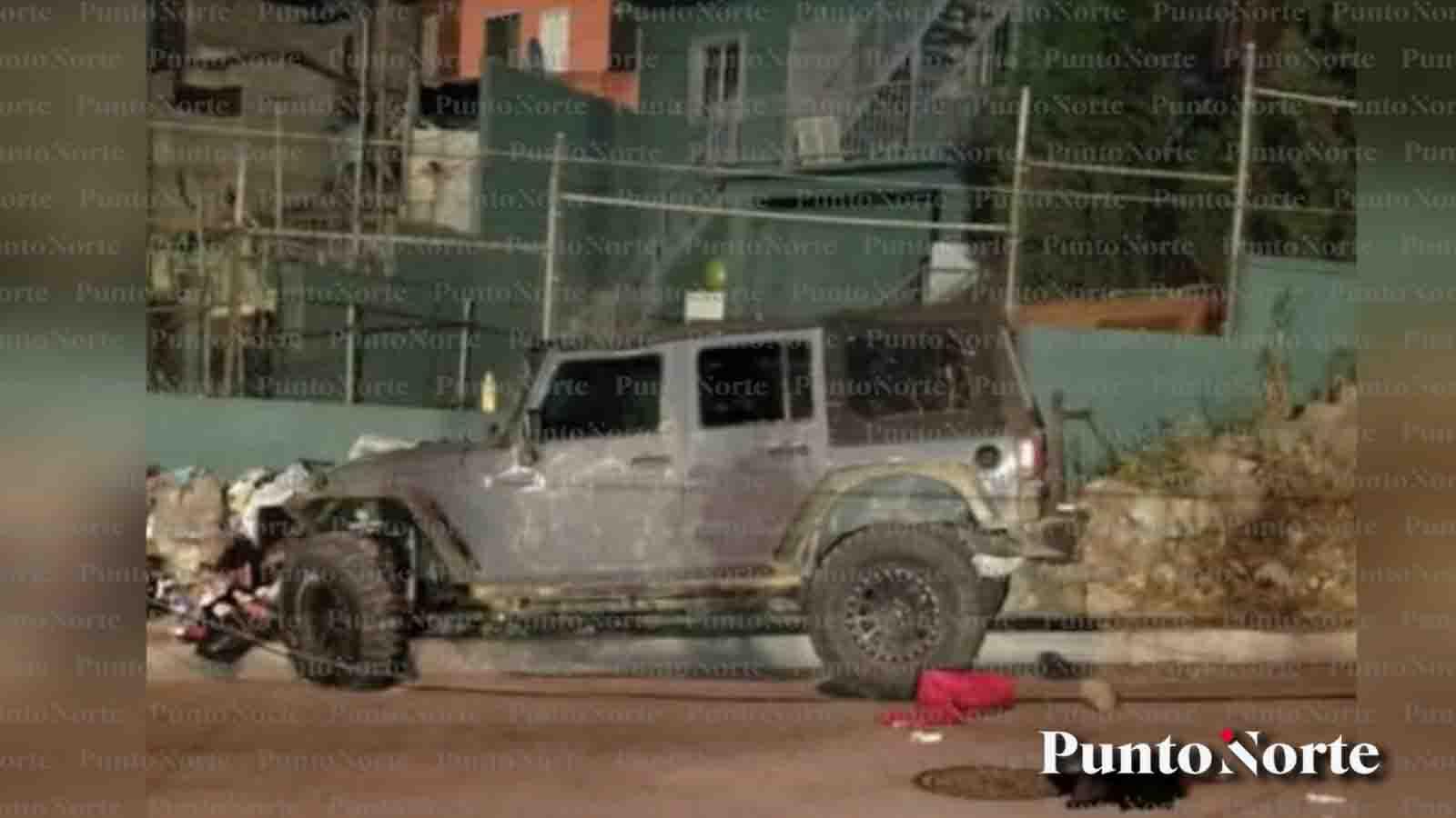 Policías arrestan a hombre que se quedó dormido mientras su hija colgaba de una ventana
